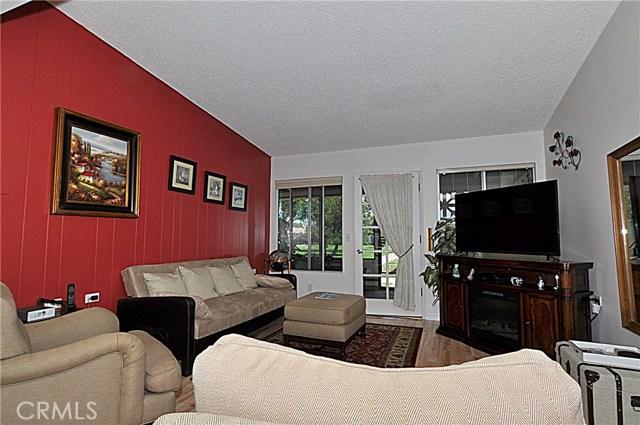 13741 Annandale Drive, Seal Beach CA: http://media.crmls.org/medias/7774ca48-bc73-4445-a7b7-0f679fb8a240.jpg