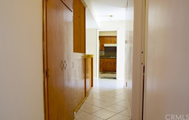 17585 Vine Street, Fontana CA: http://media.crmls.org/medias/77769e6e-997c-4411-ac13-77cadb2dbc3c.jpg