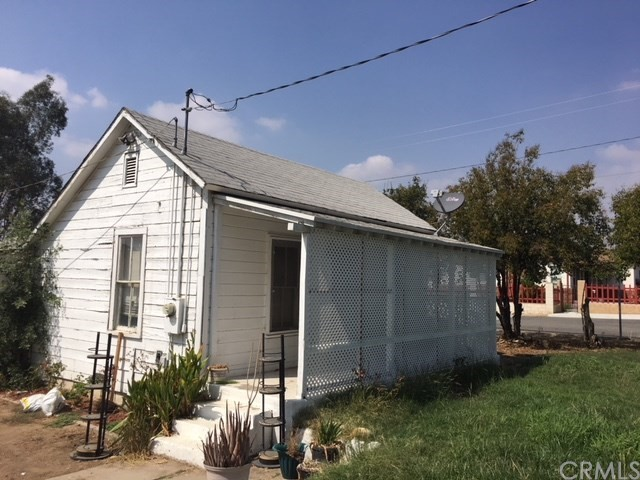 7204 Olive Street Highland, CA 92346 - MLS #: RS17227398