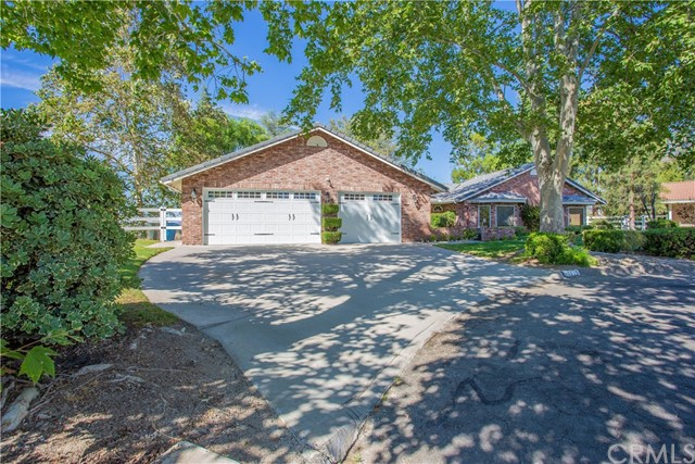 4 Bedroom Home For Sale