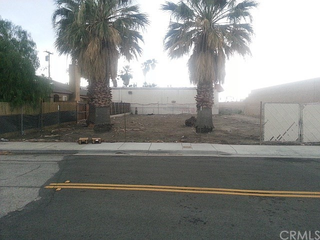 Detail Gallery Image 1 of 10 For 845 Victoria St, San Bernardino,  CA 92410 - – Beds | – Baths