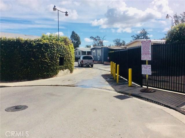 14300 Clinton Street, Garden Grove CA: http://media.crmls.org/medias/77806595-1bcd-499f-86f5-0408b0224ffc.jpg
