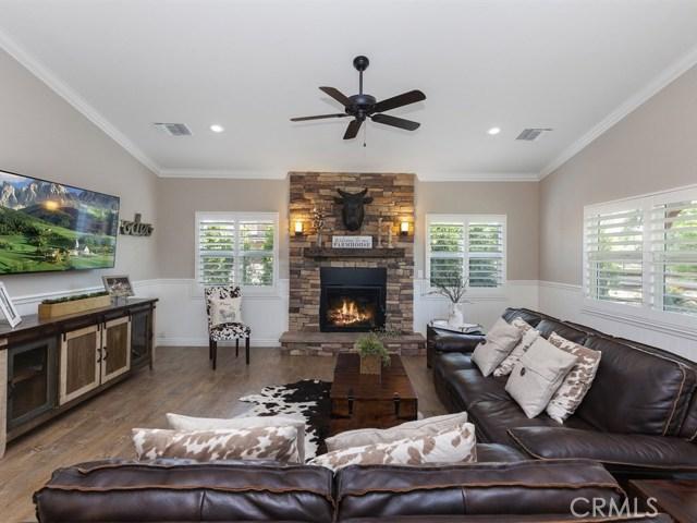 3563 Valley View Avenue, Norco CA: http://media.crmls.org/medias/77828cf3-618d-425d-913f-02556aa352eb.jpg