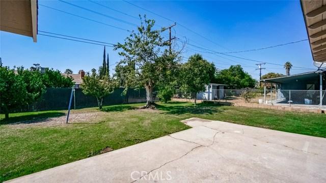 962 N Willow Avenue, Rialto CA: http://media.crmls.org/medias/7783b0fb-6d07-4fb2-abe2-32d3cb5fef29.jpg