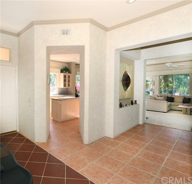 120 Kavenish Drive, Rancho Mirage CA: http://media.crmls.org/medias/778cf3be-3a8b-4131-8a34-98e19faf7317.jpg