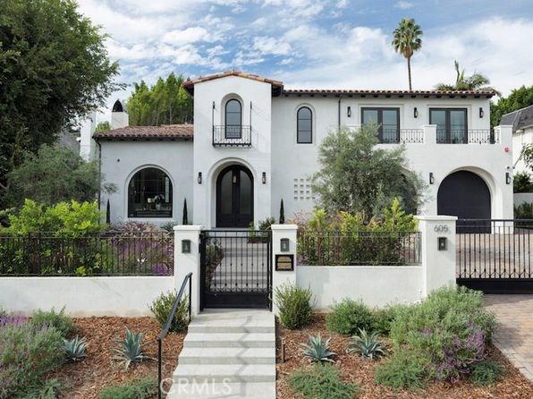 256 N Doheny Drive  Beverly Hills CA 90211