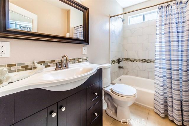 380 W 29th Street, San Bernardino CA: http://media.crmls.org/medias/779620de-088d-4625-85ee-5f4c91286a6b.jpg