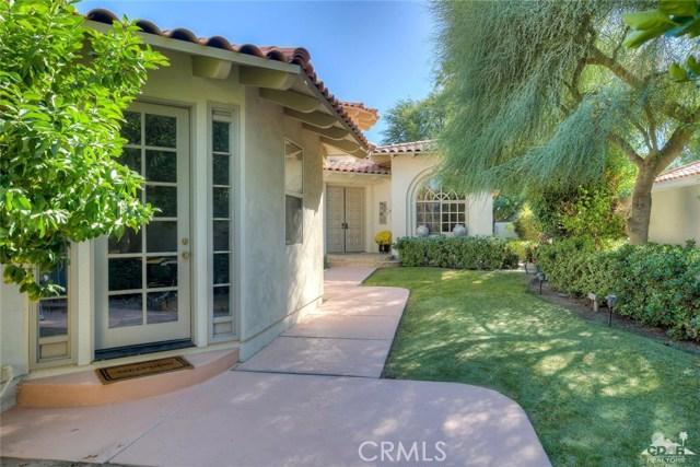 54015 Southern Hills, La Quinta CA: http://media.crmls.org/medias/7797cab1-e82e-4dd2-b31e-af072c1f9845.jpg