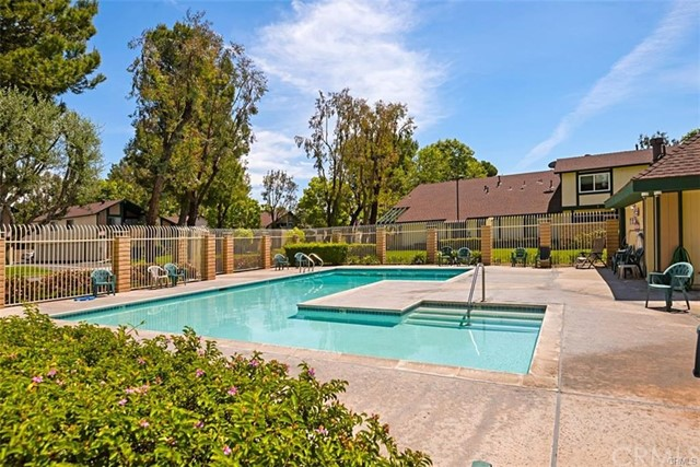 1709 N Willow Woods Dr, Anaheim, CA 92807 Photo 4