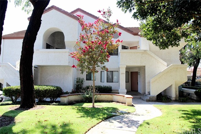 1257 Mission Verde Drive Camarillo, CA 93012 is listed for sale as MLS Listing CV17201372