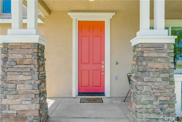31991 Sugarbush Lane, Lake Elsinore CA: http://media.crmls.org/medias/77a90243-1d31-4822-bead-6081d2208264.jpg