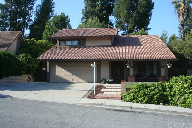 14 Cedarwood Dr, Phillips Ranch, CA 91766