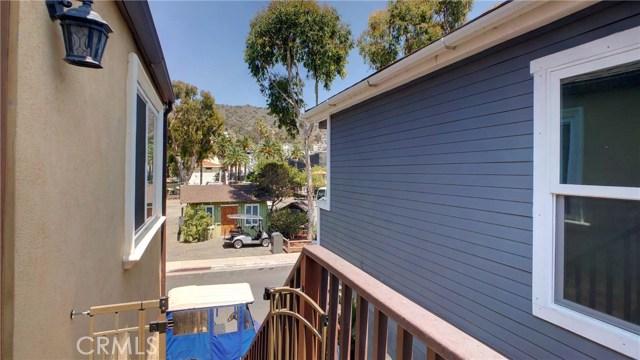 212 Catalina Avenue, Avalon CA: http://media.crmls.org/medias/77b8529c-cb15-495a-b2af-2dc0e80bab60.jpg