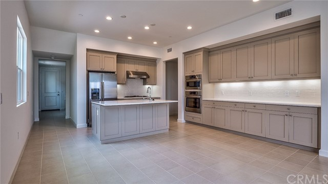 185 Follyhatch, Irvine, CA 92618 Photo 6