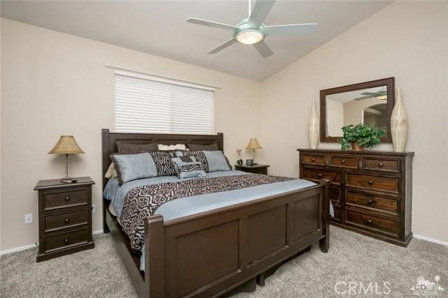 42661 Turqueries Avenue, Palm Desert CA: http://media.crmls.org/medias/77d41f9d-5063-41f8-9c0f-e2fb0d8a6d4d.jpg
