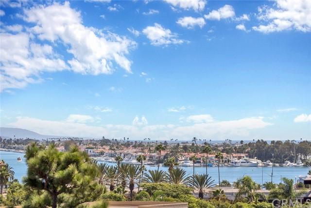 270 Cagney Lane 303, Newport Beach, CA 92663