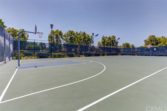 147 Lemon Grove, Irvine CA: http://media.crmls.org/medias/77e71a81-ca31-444c-878e-a6c4354824da.jpg