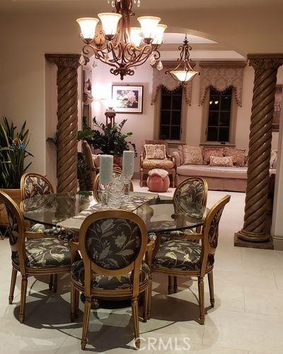 25381 Oakview Estate Drive, Stevenson Ranch CA: http://media.crmls.org/medias/77ef9d0f-3b8d-422b-b9e4-be3b1fc8424d.jpg