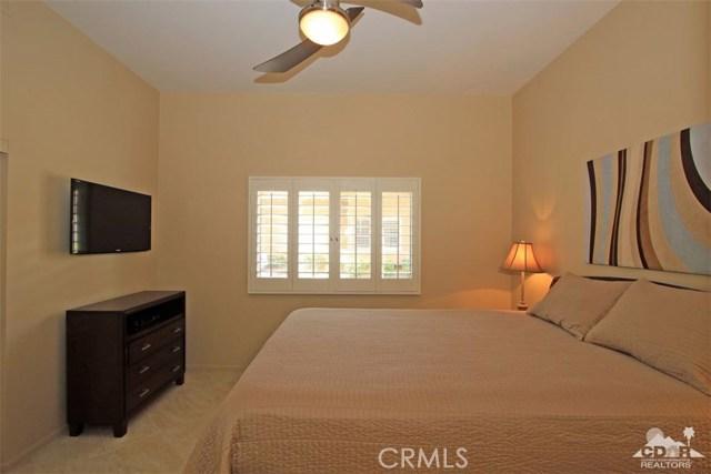 75 Augusta Drive, Rancho Mirage CA: http://media.crmls.org/medias/77f347a0-2420-4cb3-835b-459b0751950c.jpg