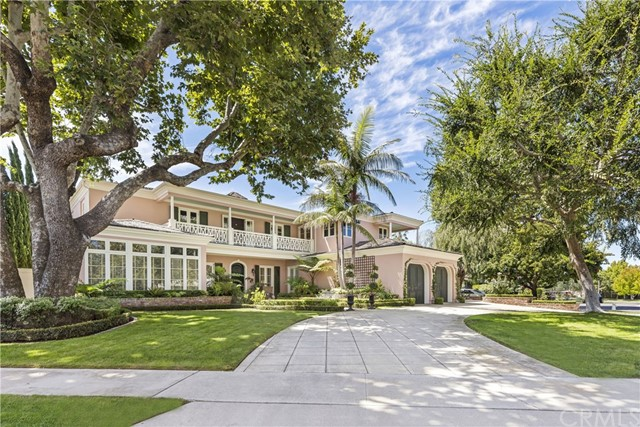 1 Hampshire Court Newport Beach, CA 92660