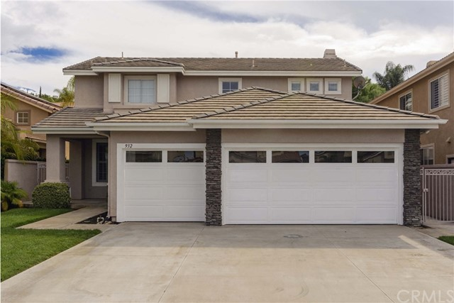 Single Family Home for Sale at 932 Matthew Way S Anaheim Hills, California 92808 United States
