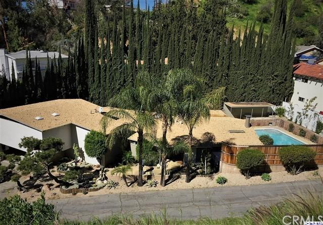205 Country Club Place, Burbank, CA 91501