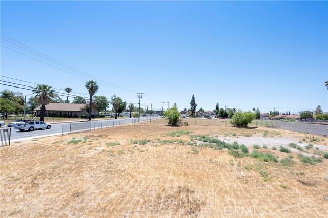 4654 Jackson Street, Riverside CA: http://media.crmls.org/medias/7821a7d4-a3b3-4e3e-8b40-db18784a7fbb.jpg