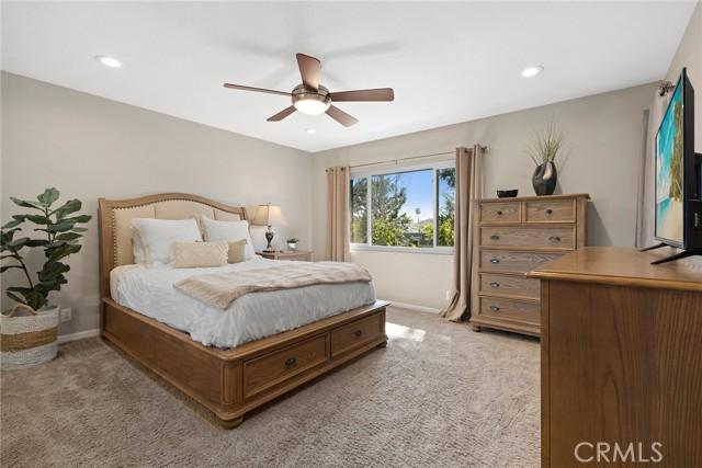 8268 Artista Drive, Huntington Beach CA: http://media.crmls.org/medias/7821d80d-c344-4bb3-a282-2b751f7b6aa1.jpg
