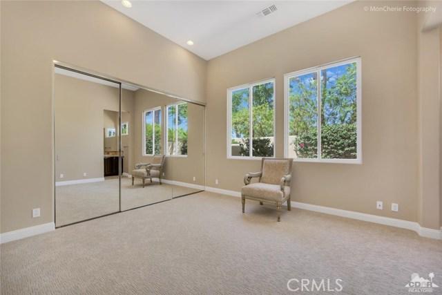 5 Via Bella, Rancho Mirage CA: http://media.crmls.org/medias/78261c01-7075-4f24-af90-11c0823242d1.jpg