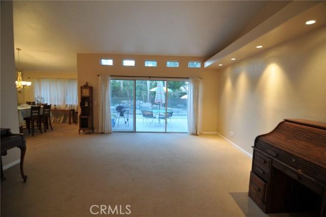 76820 Castle Court, Palm Desert CA: http://media.crmls.org/medias/783b47bf-cf38-4937-bc0d-9035d4955fe1.jpg