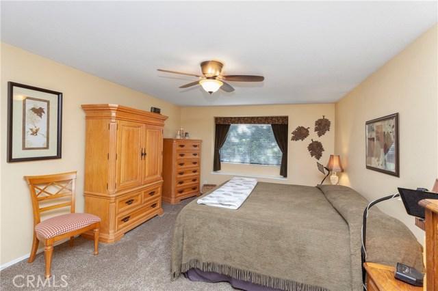 5821 Sunset Ranch Drive, Riverside CA: http://media.crmls.org/medias/783cc03f-2f7a-490e-afa3-56701ee51fd0.jpg