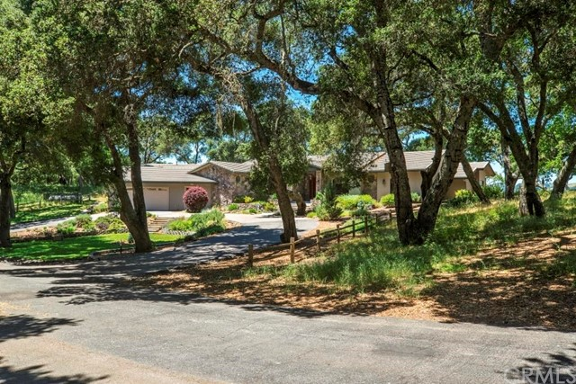 Property for sale at 5150 Santa Rita Ranch Road, Templeton,  CA 93465