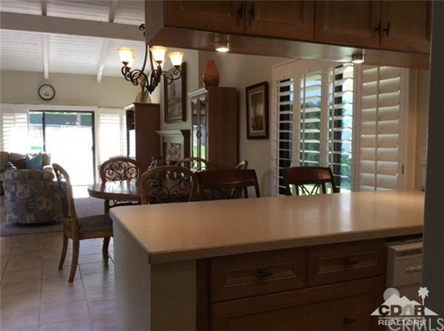 46634 Mountain Cove Drive Drive, Indian Wells CA: http://media.crmls.org/medias/78504a15-a02e-4a2b-aae3-7c76f9d2f900.jpg