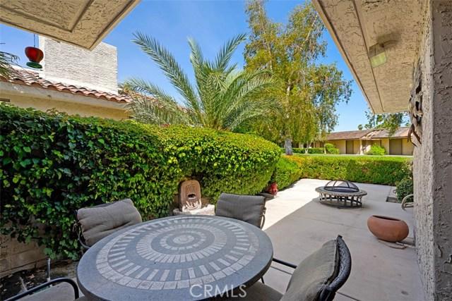 42 Lafayette Drive, Rancho Mirage CA: http://media.crmls.org/medias/7850b347-c9b7-4048-b7c8-a7ab2dbbe9f5.jpg