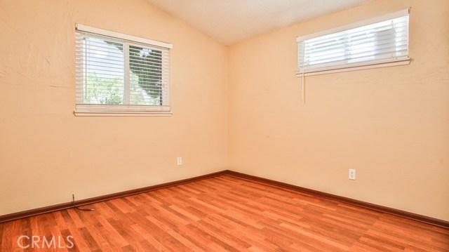 8944 Haskell Street, Riverside CA: http://media.crmls.org/medias/78587dfb-32a6-4067-bb90-c16fb97c300a.jpg