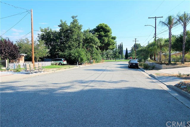 674 Park Avenue Banning, CA 92220 - MLS #: EV17209840