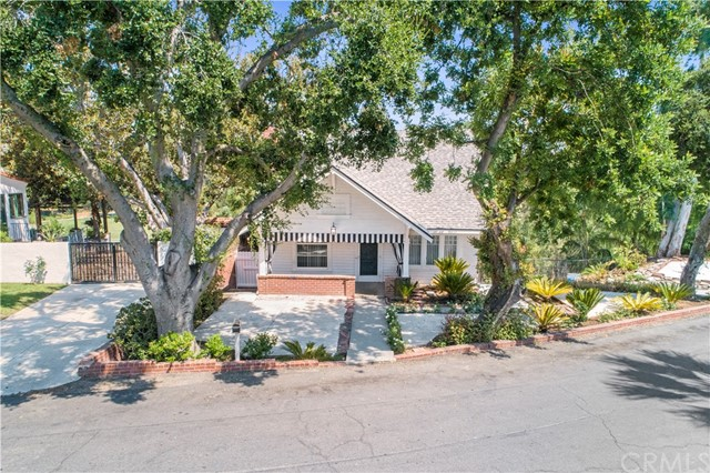 4750 Somerset Drive, Riverside, California 92507, 3 Bedrooms Bedrooms, ,2 BathroomsBathrooms,Residential,For Sale,Somerset,IV20203266