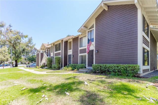 26106 Hillsford Place, Lake Forest CA: http://media.crmls.org/medias/787b9ec7-0a88-4e1c-b10e-3bc2a6f62540.jpg