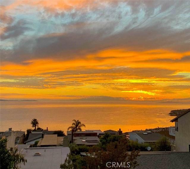 1040 La Mirada Street, Laguna Beach CA: http://media.crmls.org/medias/7881b7e9-4aa0-4e1a-85c1-335622033666.jpg