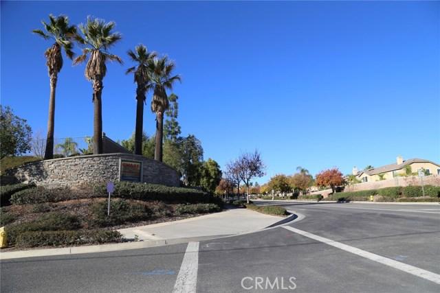 1709 Galloway Lane, Corona CA: http://media.crmls.org/medias/7883d6af-b336-4818-9abd-406b28d9a043.jpg