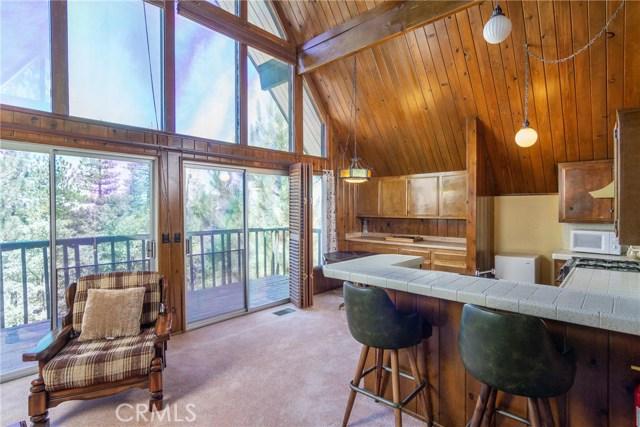 27318 Matterhorn Drive Lake Arrowhead, CA 92352 - MLS #: EV18159714