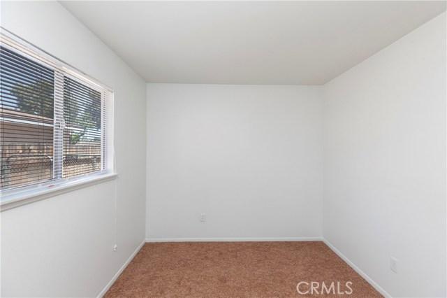2504 Vasquez Place, Riverside CA: http://media.crmls.org/medias/788b5d6b-1cab-491a-a907-214bd9afb18c.jpg