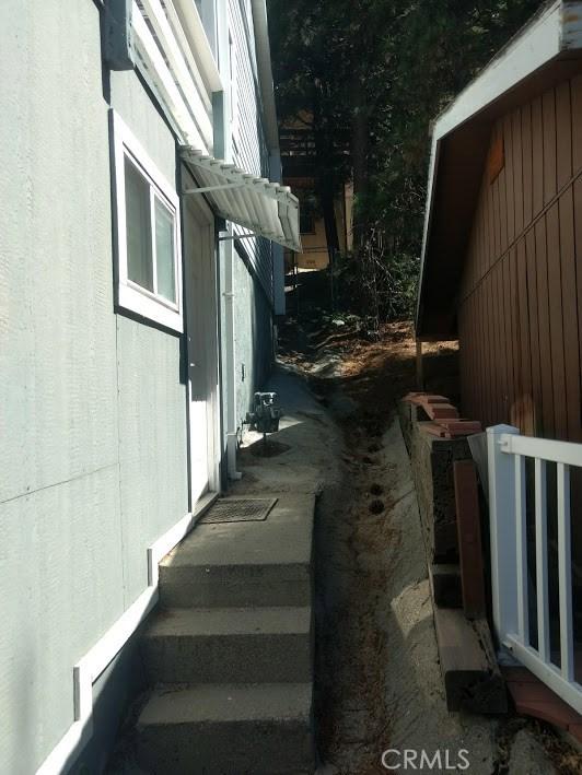1223 Bear Springs Rd, Rimforest CA: http://media.crmls.org/medias/78b6fffb-5c50-47ca-b534-f0ec769808a7.jpg