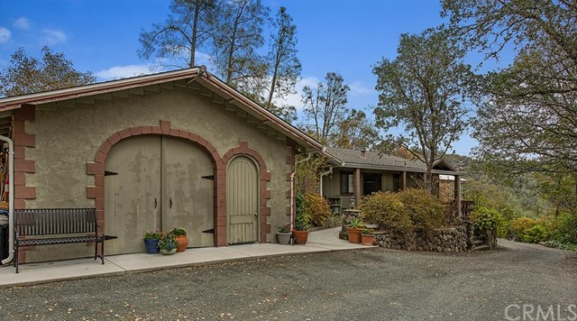 23285 West Rd, Middletown, CA 95461 Photo