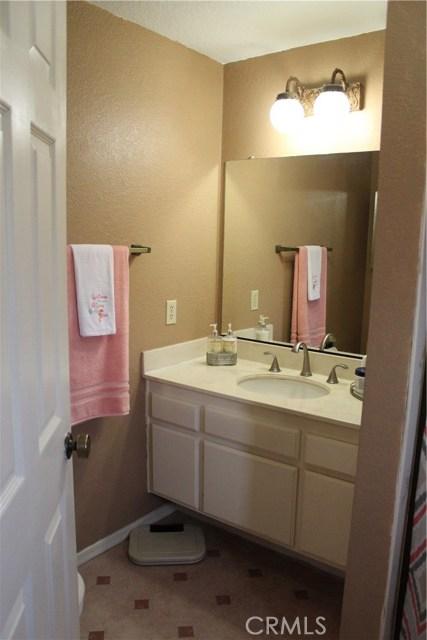 435 E Camden Street, Glendora CA: http://media.crmls.org/medias/78c13842-db4e-4e8f-bdcf-c7e522b2ff6a.jpg