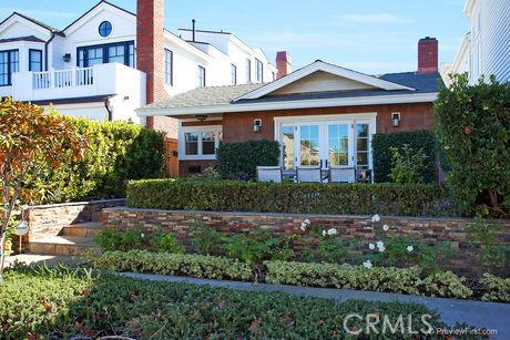 Condominium for Rent at 518 Begonia St Corona Del Mar, California 92625 United States