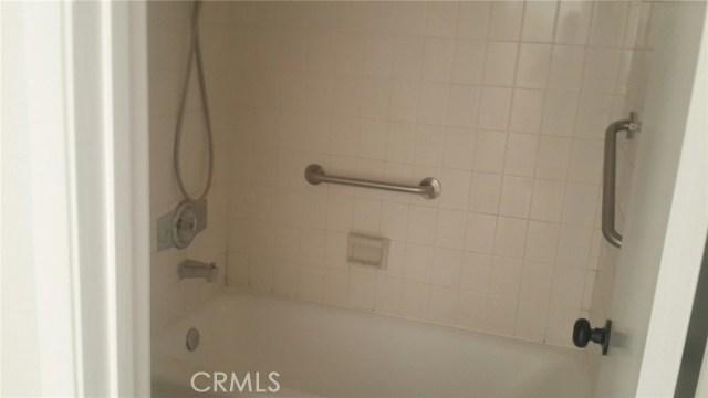 7321 Lennox Avenue # F2 Van Nuys, CA 91405 - MLS #: DW17118982