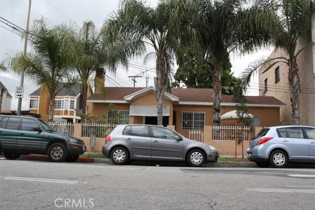 6115 Rugby Avenue, Los Angeles CA: http://media.crmls.org/medias/78f0710a-583c-47c8-87ff-7c77ebf72214.jpg