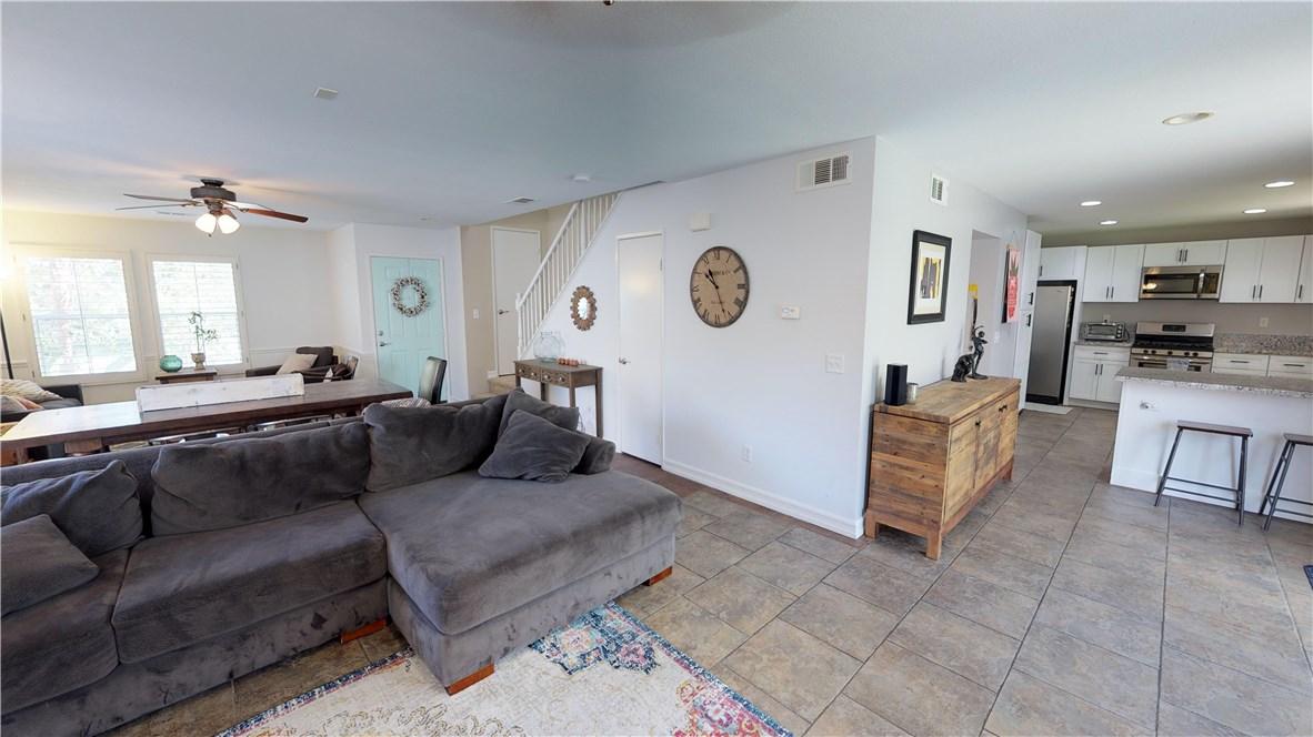 110 Smokethorn Street, Corona CA: http://media.crmls.org/medias/78f5b47e-f7aa-4ade-a3bc-05d381b138b8.jpg