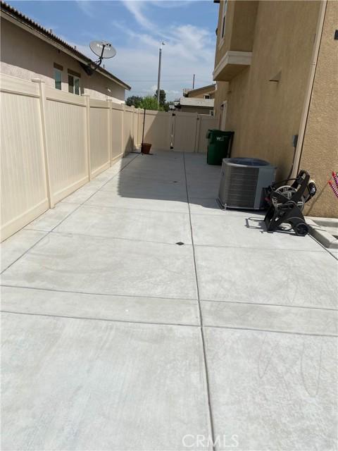 28661 Yarow Way, Moreno Valley CA: http://media.crmls.org/medias/79069c76-f892-41e2-a40d-5411d614adaf.jpg